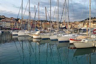port de cassis et ses bateaux